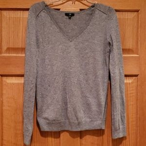 Gap lightweight grey sweater, sz M